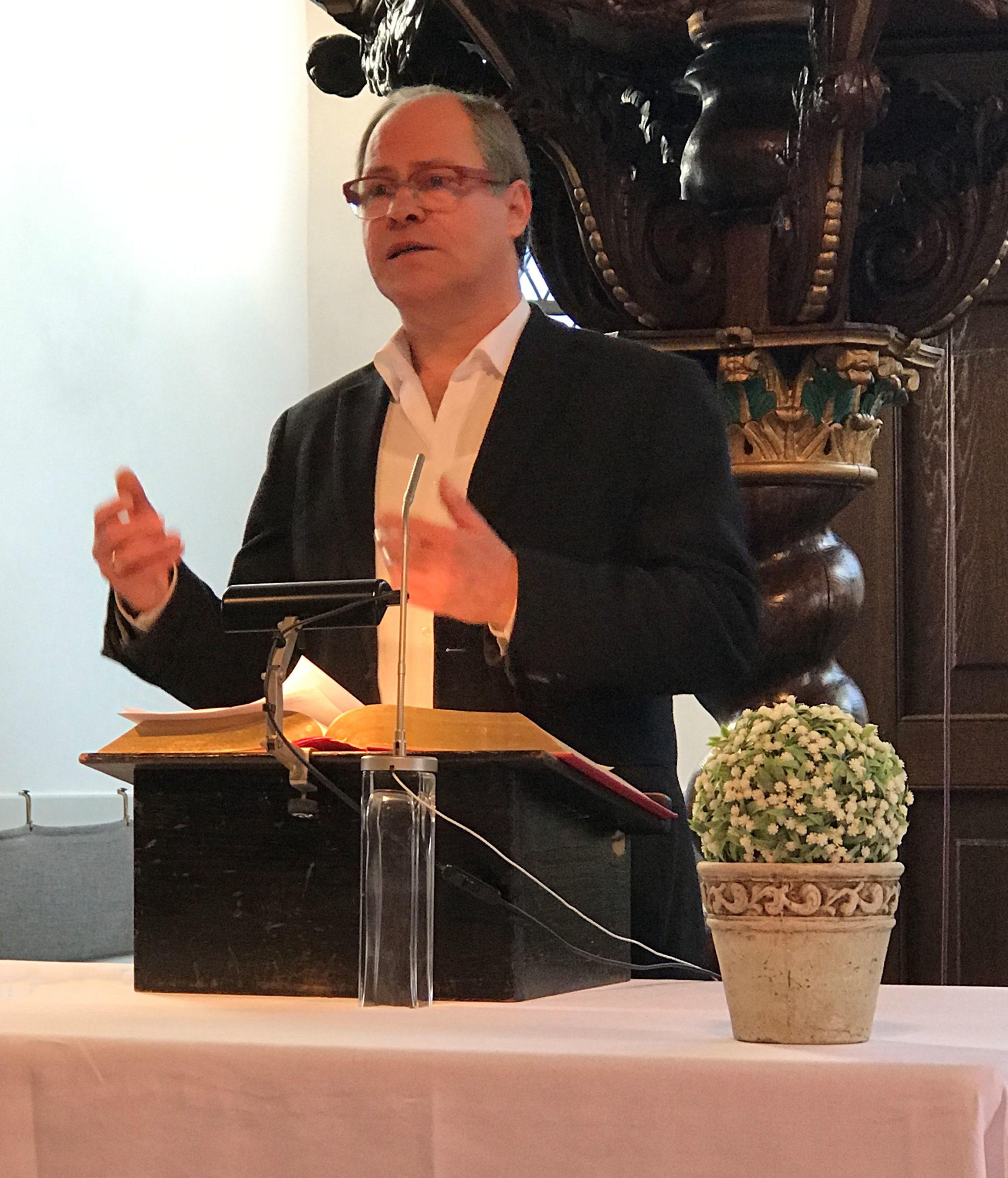 Pastor Gruber